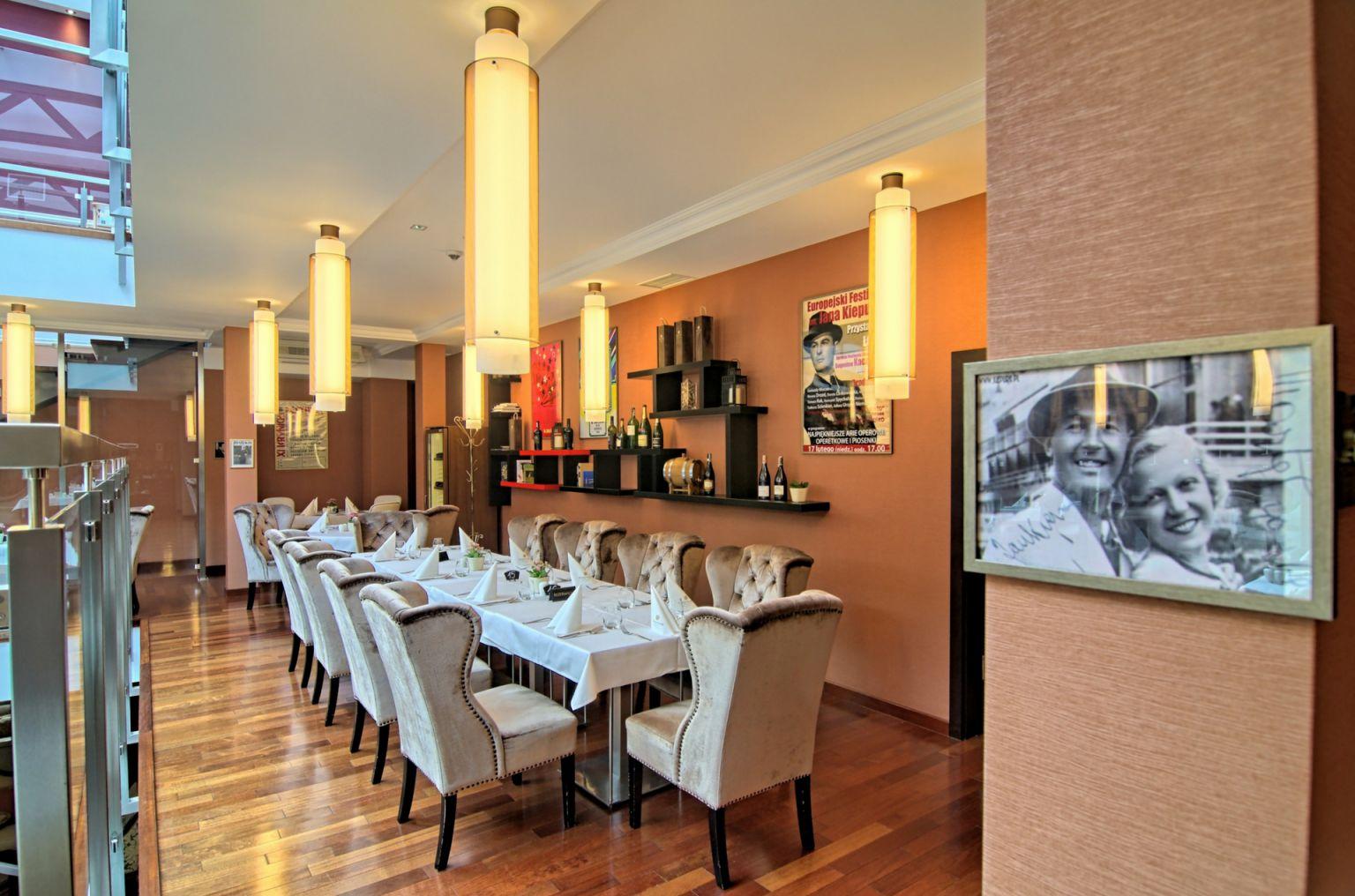 Hotel Czarny Potok zaskakuje też trzema różnorodnymi i wyjątkowymi restauracjami
