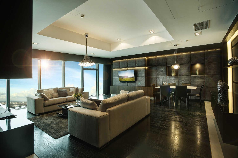 Prestiżowe i awangardowe wnętrza widokowych apartamentów