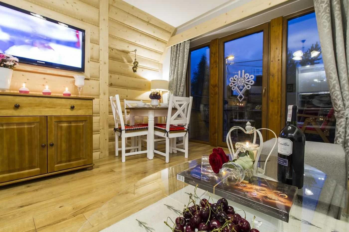 Zdjęcia apartamentów w Tatrach. Niezwykłe, luksusowe wnętrza urządzone na najwyższym poziomie.