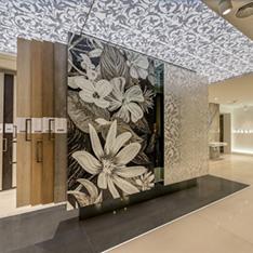 Płytki wielkoformatowe i mozaiki w Prestige Room. Zdjęcia z realizacji projektów wnętrz Intellio designers