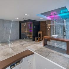 SPA i jacuzzi projekt luksusowych łazienek i pokoi kąpielowych