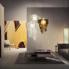 Lampy Aria Gold projektu Zahy Hadid